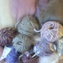 Craft Pack Lavender Kisses - 100g mixed yarn and fibre