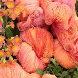 Merino lace weight yarn 100g - Peach Melba