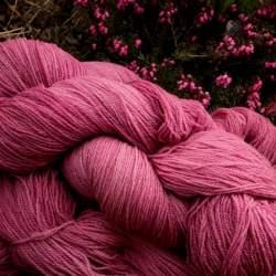 Merino lace weight yarn 100g - Plum